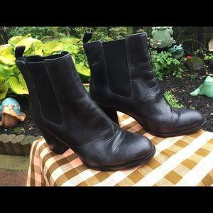 Cole Haan Classic Chelsea leather Heel Booties